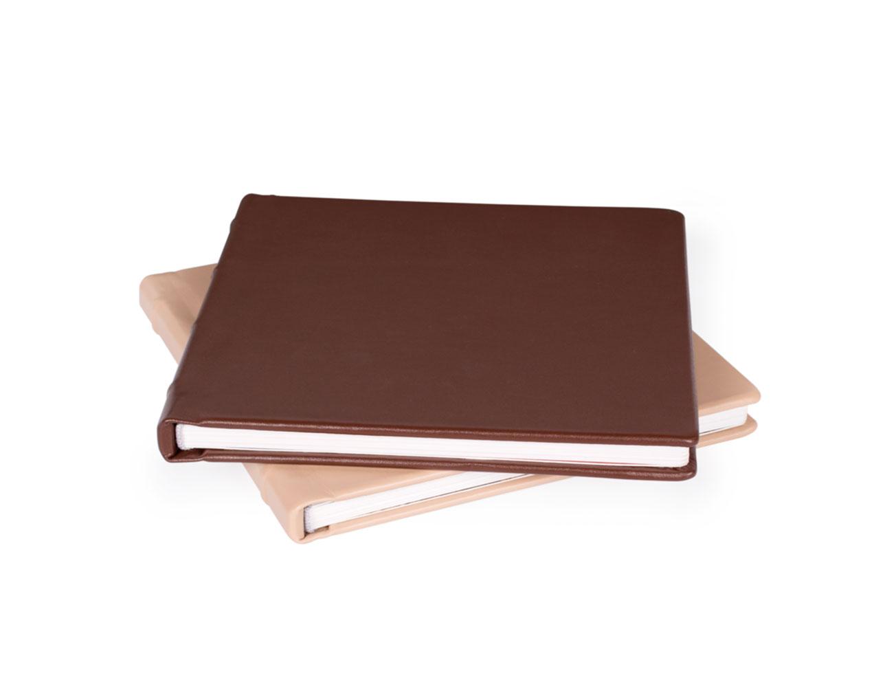 Принтбук ROYAL в коричневой кожаной обложке 20х30 (шелк)<br>