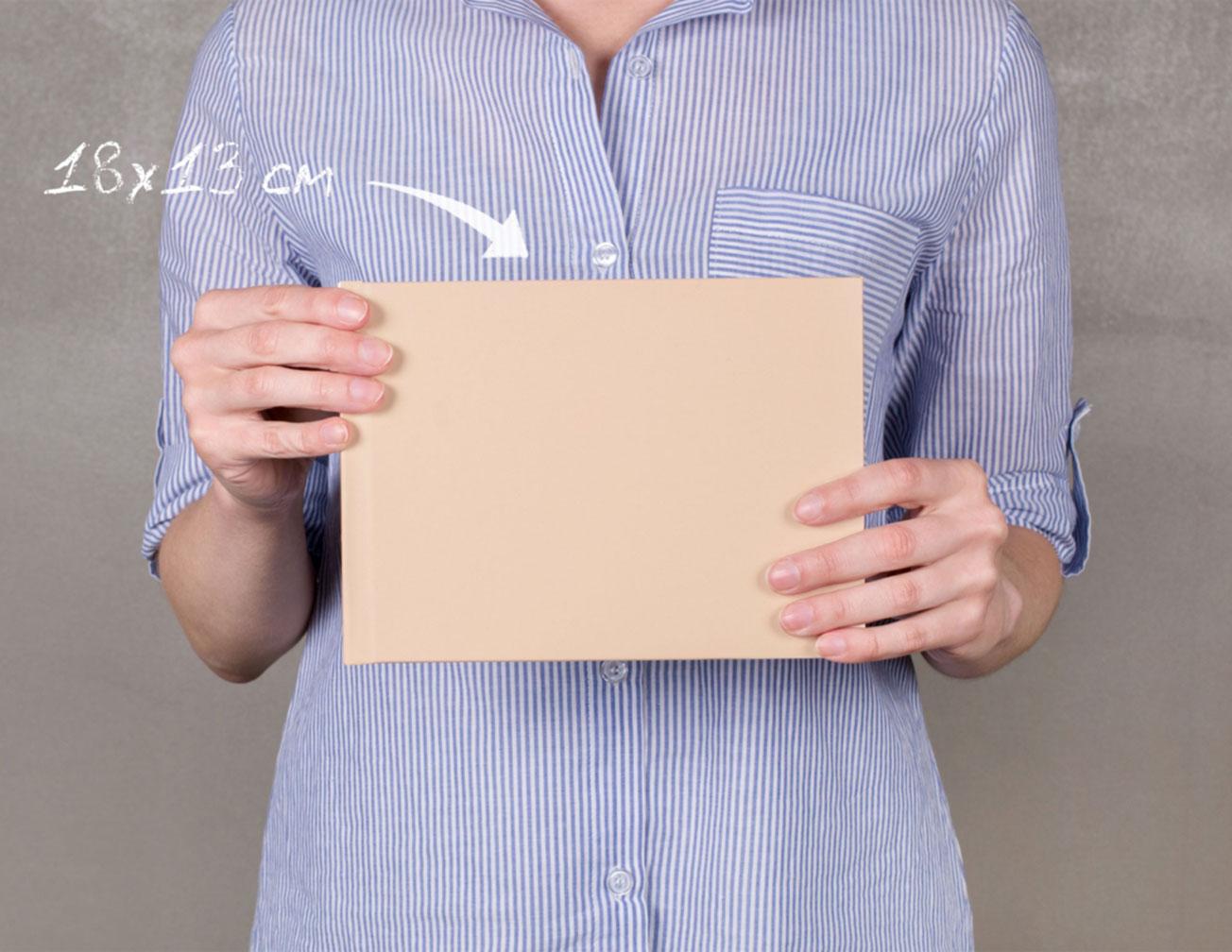 Принтбук в твердой обложке из искусственной кожи