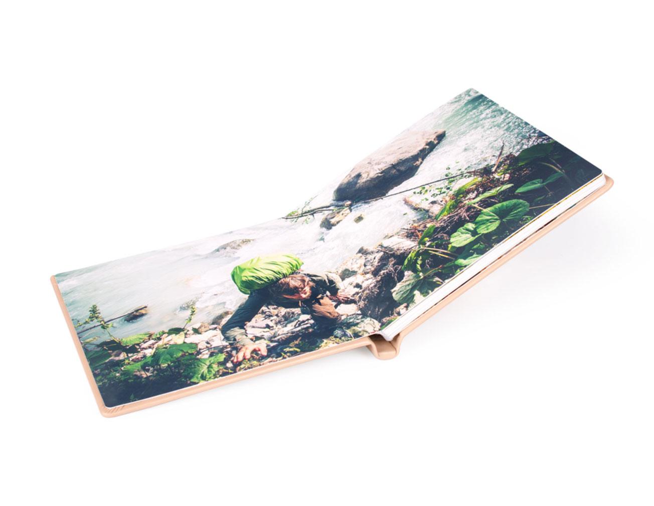 Напечатать фотокнигу Royal в твердой обложке из натуральной кожи